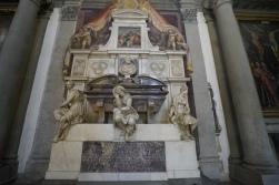 Medici Chapel, Michaelangelo sculptures