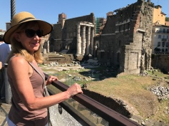 Roman ruins near victor Emmanuel monument and Trajan's Column.