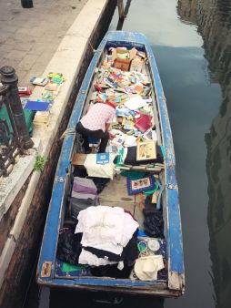 Venetian bookmobile.